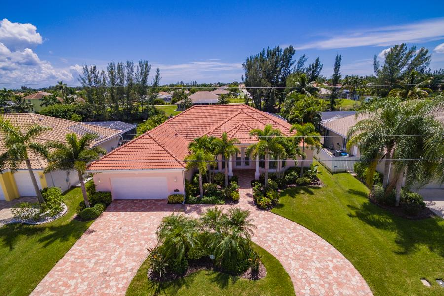 Full Size 060 - 2702 SW 38th Terrace Cape Coral FL 33914