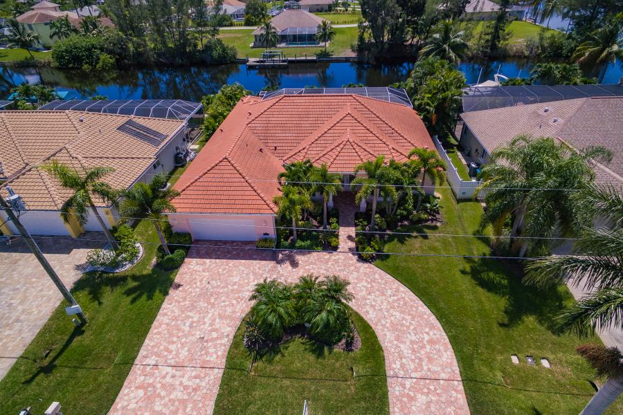 Full Size 061 - 2702 SW 38th Terrace Cape Coral FL 33914