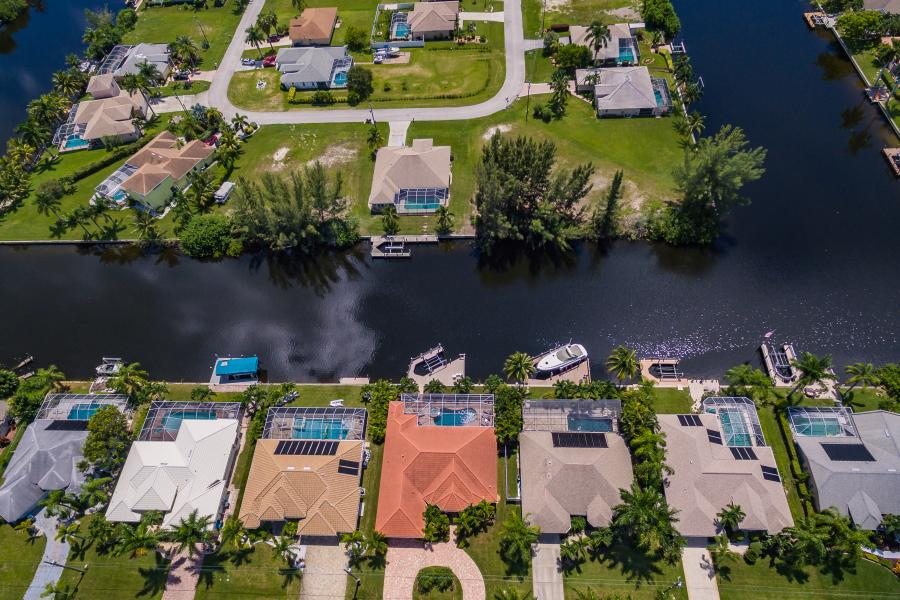 Full Size 063 - 2702 SW 38th Terrace Cape Coral FL 33914