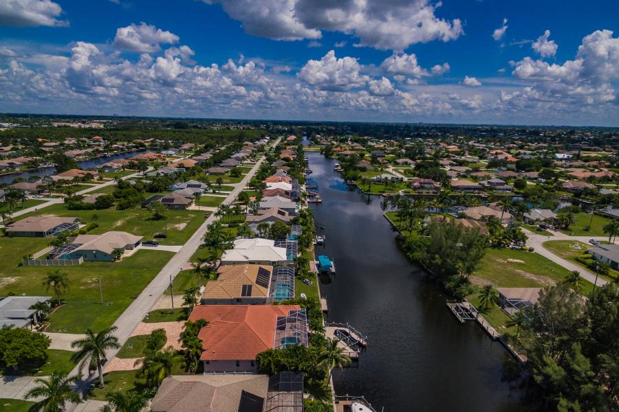 Full Size 066 - 2702 SW 38th Terrace Cape Coral FL 33914