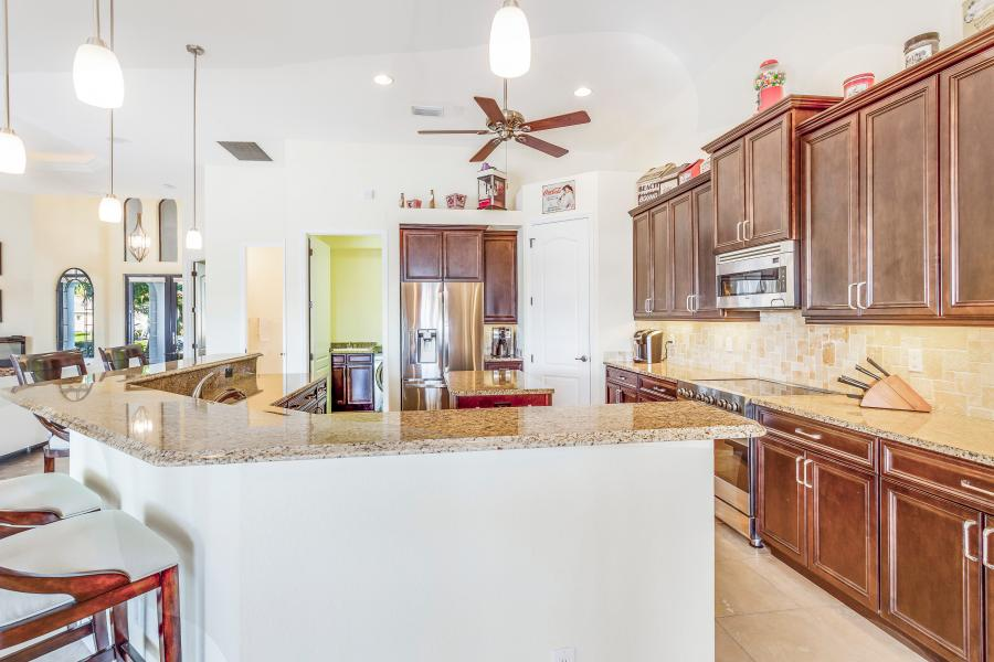 2202 SW 51st St Cape Coral FL-print-008-26-BLISS ON ETERNITY  Kitchen-4200x2800-300dpi