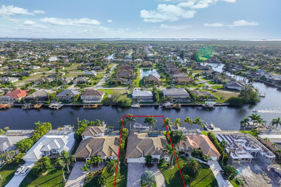 2202 SW 51st St Cape Coral FL-print-013-3-BLISS ON ETERNITY  Southern-4000x3000-300dpi