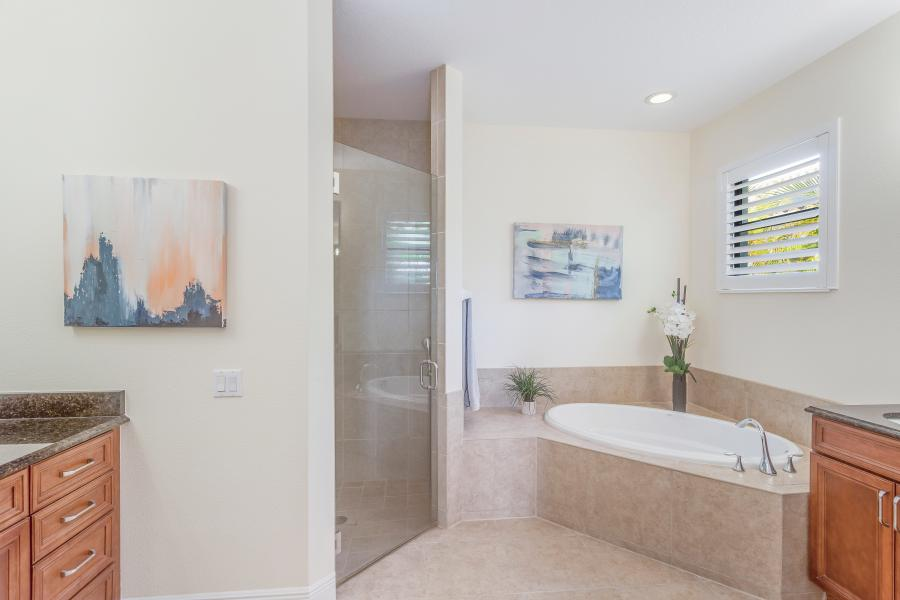 2202 SW 51st St Cape Coral FL-print-017-15-BLISS ON ETERNITY  Master Bath-4200x2800-300dpi