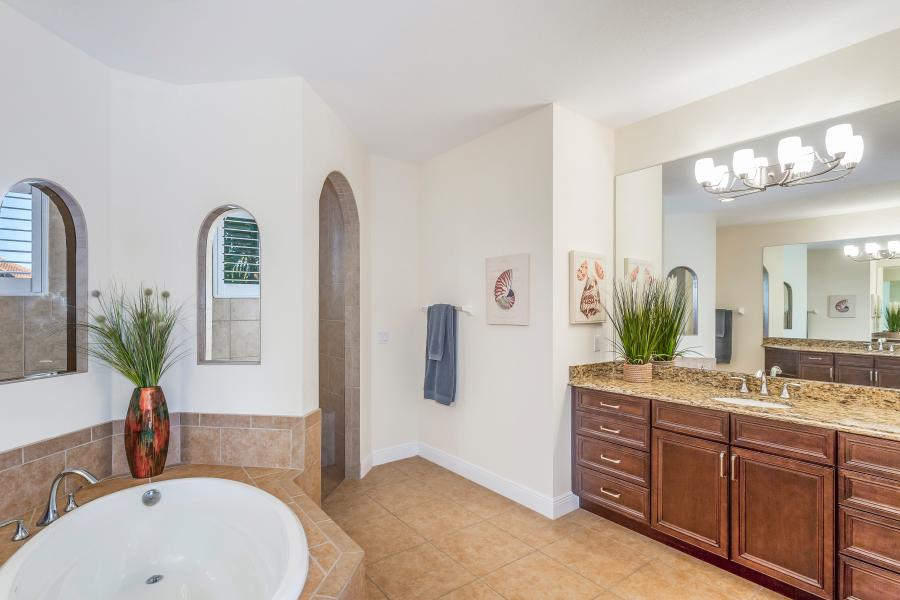 2202 SW 51st St Cape Coral FL-print-021-14-BLISS ON ETERNITY  Master Bath-4200x2800-300dpi
